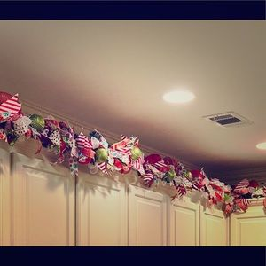 Other - 8ft prelit holiday gingerbread garland